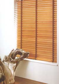 Made to measure Vertical, Roller, Venetian, Roman and Wooden Venetian Blinds